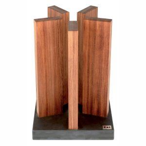 Taco para cuchillos KAI STH-1, en madera de palo rosa, magnético, con base de granito - Cuchillalia