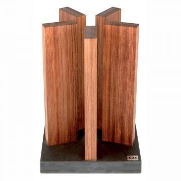 Taco para cuchillos KAI STH-1, en madera de palo rosa, magnético, con base de granito – Cuchillalia