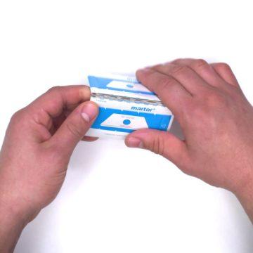 Hoja/Cuchilla de cerámica para cuter – Martor 60099C – Blister plegable – Cuchillalia